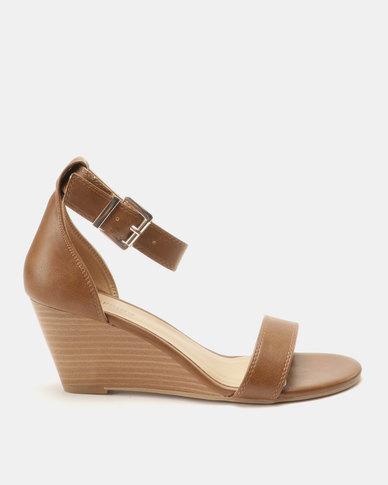 5f1e157f2 Call It Spring Abaussa Wedge Sandals Cognac