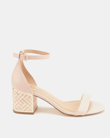 4459585264b0 Call It Spring Aferanna Smooth Low-Mid Heels Light Pink