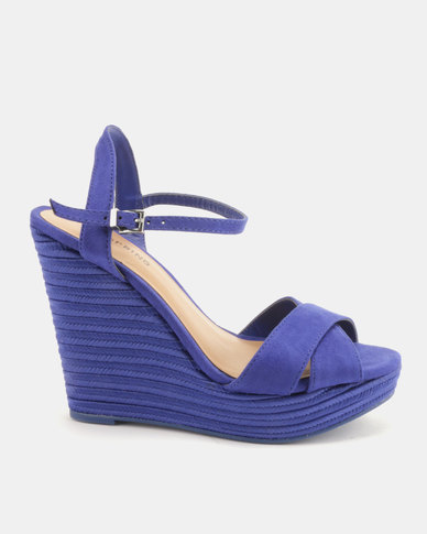 Call It Spring Agrareria Wedge Sandals Blue