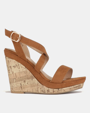 New Look Oiler 2 Suedette Strappy Cork Wedges Tan