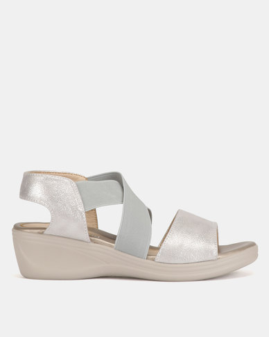 Butterfly Feet Melora Wedge Sandals Silver