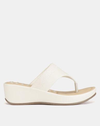 Bata Comfit Ladies Thong Comfit Sandals Bone White