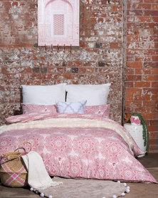 Pierre Cardin Quantrill Duvet Cover Set Pink