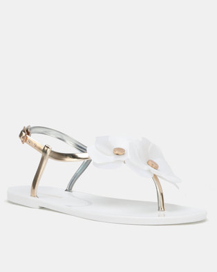 d89f4fa92bfb Queenspark Double Flower Centre On Stud Jelly Sandals White