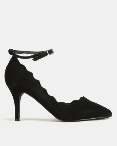 Madison Jami Scalloped Topline Heeled Strap Courts Black
