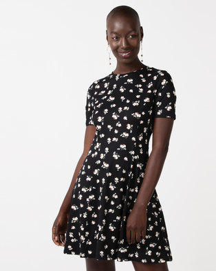 New Look Ditsy Floral Soft Touch Skater Dress Black