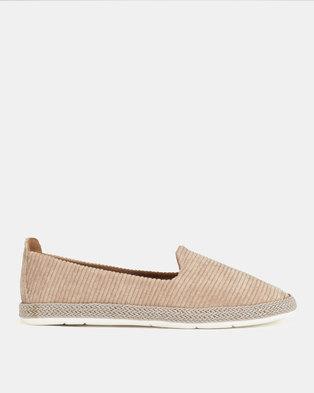 Nike Court Royale Sneakers Black White. R 799. ×. NEW. Utopia Espadrille  Slip On Flats Beige f6ad1beaa03d