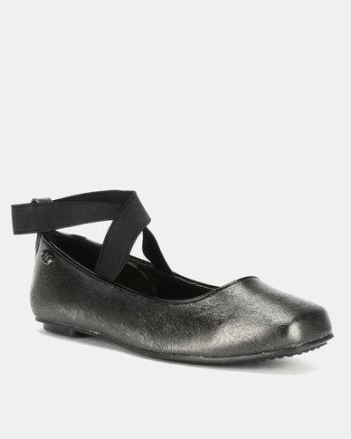 Bata Ladies Casual Flats Black