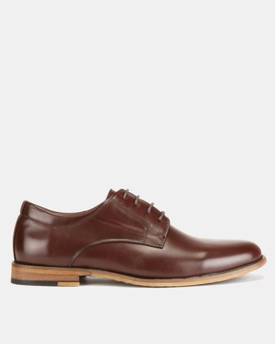 Utopia Formal Lace Ups Maroon