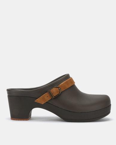 8b16a7f2db7 Crocs Sarah Clogs Espresso | Zando
