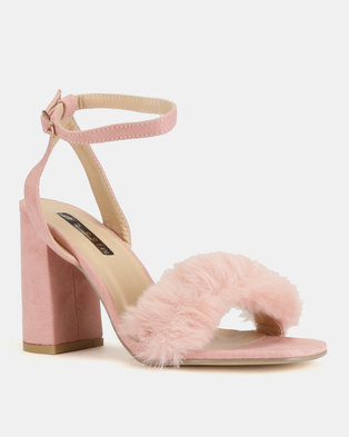 fef0f944e65 High Block Heels With Faux Fur Vamp Blush