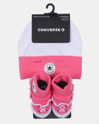 Converse Beanie & Frilly Chuck socks Pink