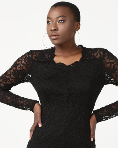Queenspark Sweetheart Neckline Lace Knit Top Black