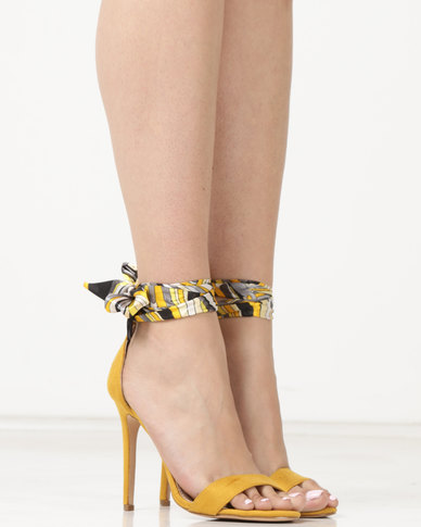 Miss Black Skylar Heels Yellow