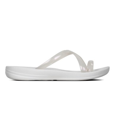 fa48f4b4a FitFlop iQushion Wave Pearlised Flip Flops Urban White