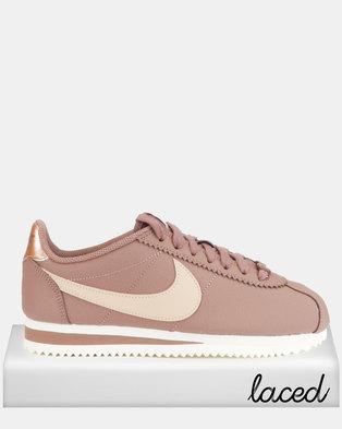 Nike Sneakers   Women Shoes   Online In South Africa   Zando 78ee1ed3903a