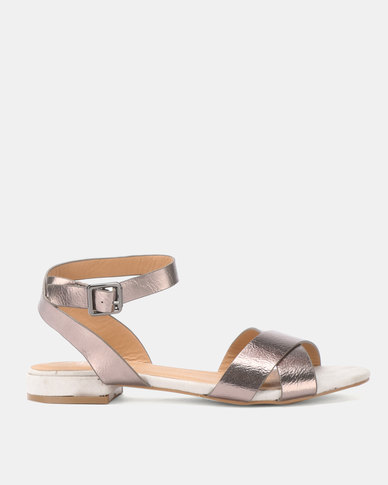 Butterfly Feet Enid Sandals Grey