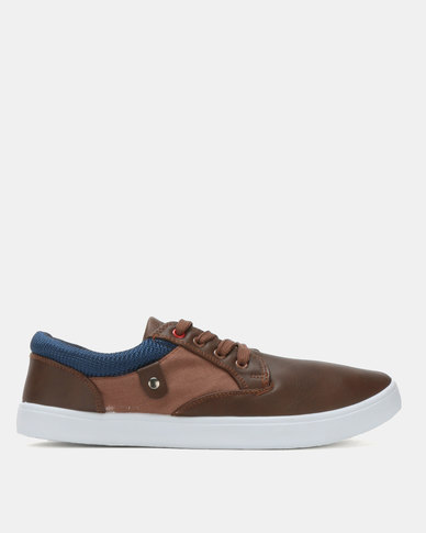 Soviet Piney Low Cut PU Lace Up Sneakers Brown