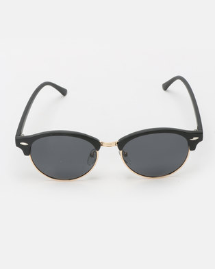 480a118b38c UNKNOWN EYEWEAR Jamie Polarised Sunglasses Black
