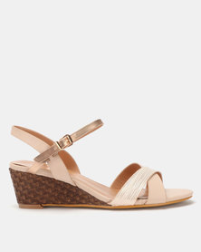 Butterfly Feet Nalayka Wedges Pink