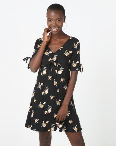 Brave Soul Dress With Ruched Detail Black Floral