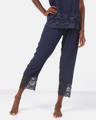 Poppy Divine Plain Rayon 3/4 Pant With Lace Trim Navy