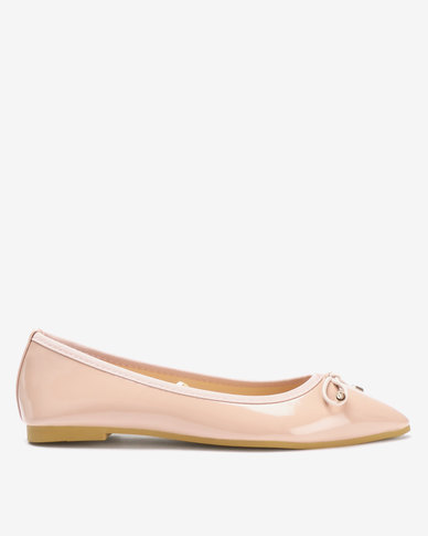 Legit Patent Pointy Pumps With Shock Cord Bow Blush