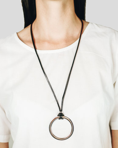Basic Journey Leather Silver Hoop Necklace