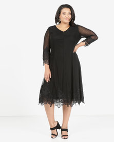 Queenspark Plus Mesh Knit Dress With Iron On Detail Black