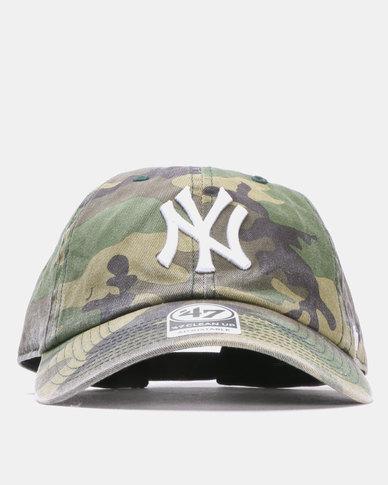 f167839e82f35 47 Brand MVP New York Yankees Clean Up Cap Camo
