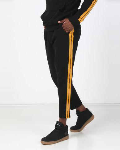 New Look Side Yellow Tape Joggers Black