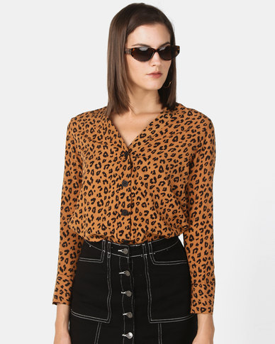 New Look Leopard Print Long Sleeve V-Neck Shirt Brown