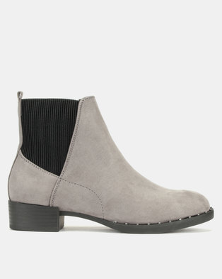New Look Doug 2 Suedette Studded Sole Chelsea Boots Mid Grey