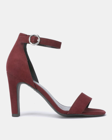 New Look Wayne Suedette Circle Buckle Two Part Sandals Dark Red