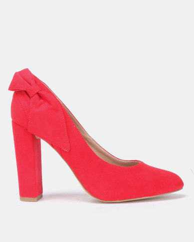 New Look Row Suedette Bow Back Block Heel Courts Bright Red