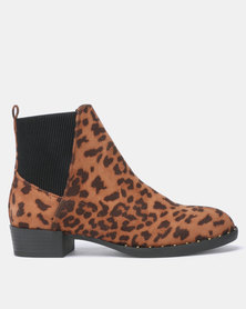 New Look Doug 2 Suedette Leopard Print Studded Chelsea Boots Stone