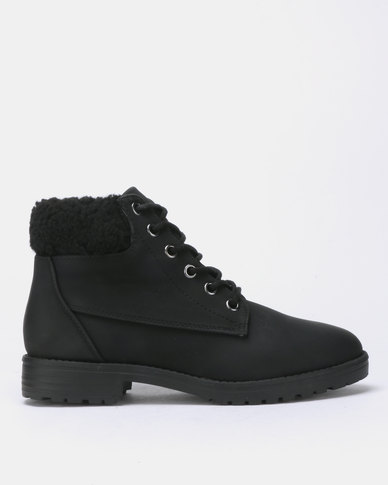 New Look Barber Teddy Cuff Flat Lace Up Boots Black