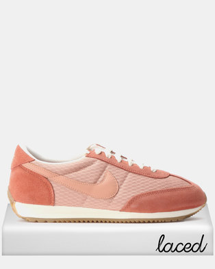 14438a0e84c Nike WMNS Oceania Textile Sneakers Rose Gold Dusty Peach