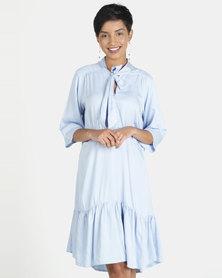 Closet London Pep Hem Short Sleeve Tie Neck Dress Pale Blue