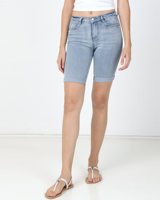 Sissy Boy Axel Mid Rise Bermuda With Embellished Pocket Detail Shorts Light Blue