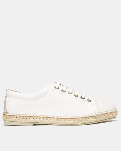 Tsonga Leather  Yebo Slip On Shoes White Cayak