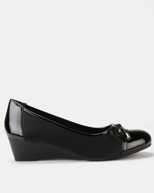 a4bd47049c5f Queenspark Updated Lycra Wedges With Patent Trim Bow Black