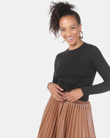 Utopia Knot Cropped Top Black