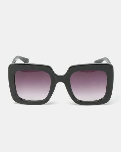 You & I  Runway Sunglasses Black