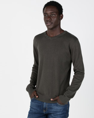 Smith & Jones Garsen V Neck Jumper Olive Green