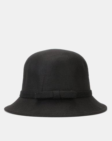 You & I Felt Bucket Hat Black