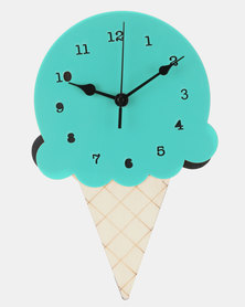 Royal T Wooden Ice Cream Wall Clock Red