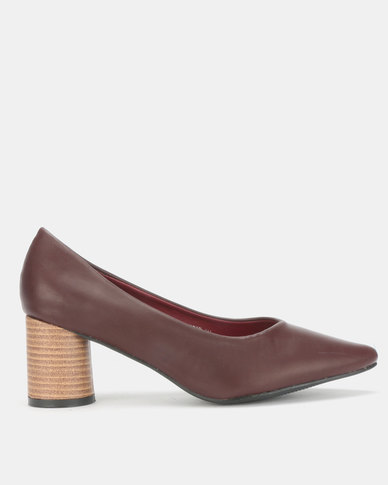Urban Zone Round Heel Shoes Burgundy