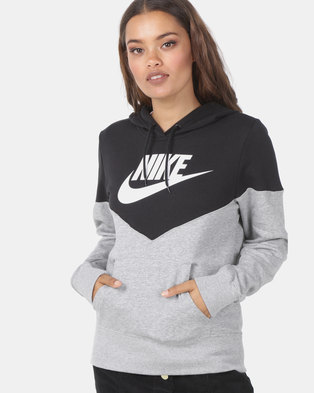 cf85aada54c3 NIKE W NSW HRTG Hoodie fleece Grey