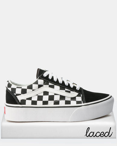40d4247ae6d1 Vans UA Old Skool Platform Sneakers Checkerboard Black White